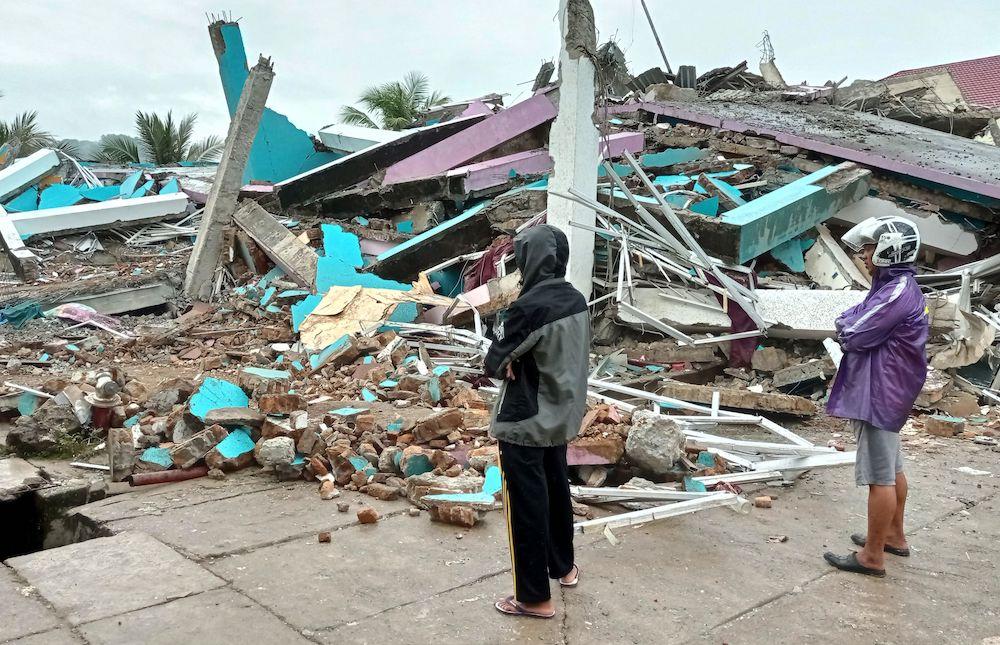 Quake sets off landslides, kills at least 3 in Indonesia