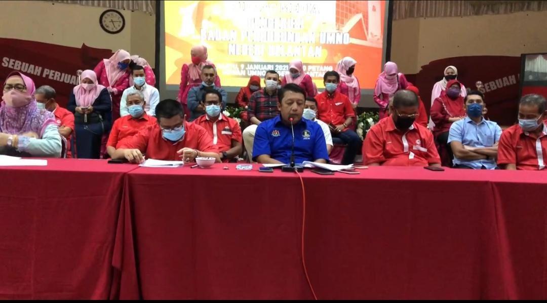 Datuk Seri Ahmad Jazlan Yaakub had last week quit as the chairman of the Malaysian Palm Oil Board (MPOB). — Picture via Twitter/JazlanYaakub