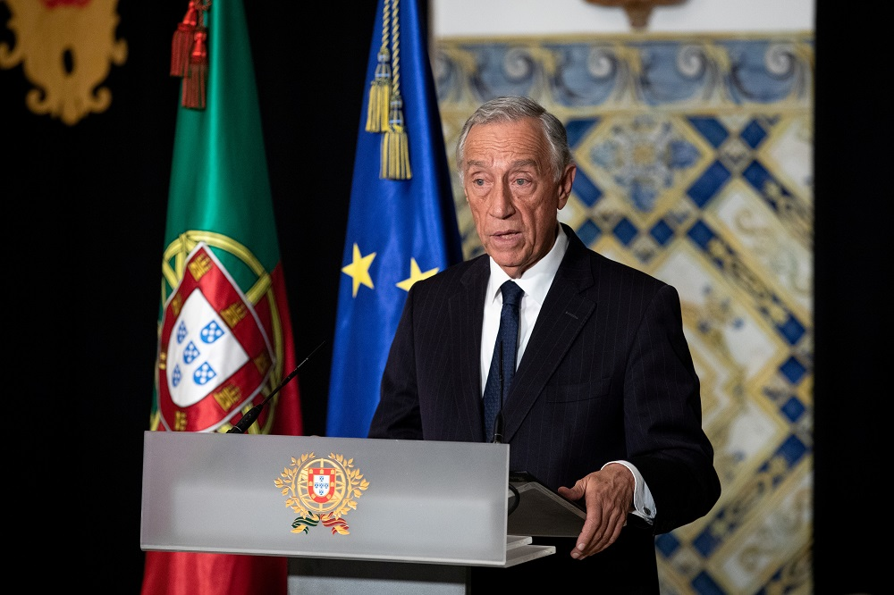 Portugal's President Marcelo Rebelo de Sousa had one major presidential debate scheduled for today, as well as a meeting with health experts to discuss the details of a planned lockdown to be announced tomorrow, but his office said he had already cancelled all his public appearances. — Reuters pic