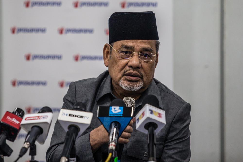 Prasarana chairman Datuk Sri Tajuddin Abdul Rahman speaks during a press conference at Menara UOA in Kuala Lumpur January 4, 2021. — Picture by Firdaus Latif