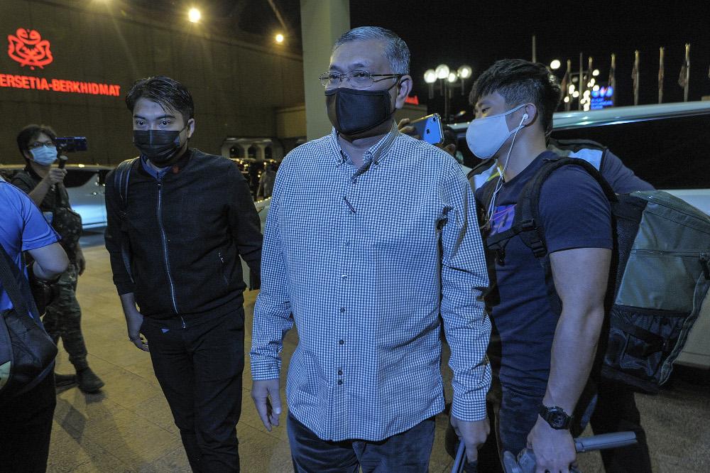 Datuk Shamsul Anuar Nasarah arrives for the Umno supreme council meeting at Menara Onn in Kuala Lumpur January 6, 2021. — Picture by Shafwan Zaidon