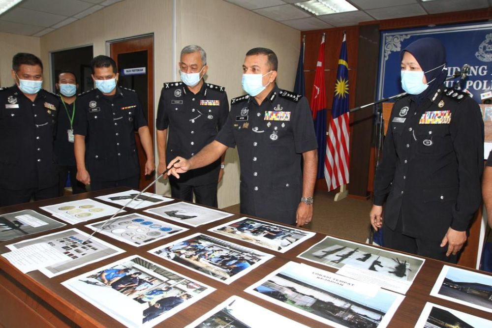 Fake firearms, real bullets: Cops nab 20 suspects over Airsoft cache in Sungai Skudai