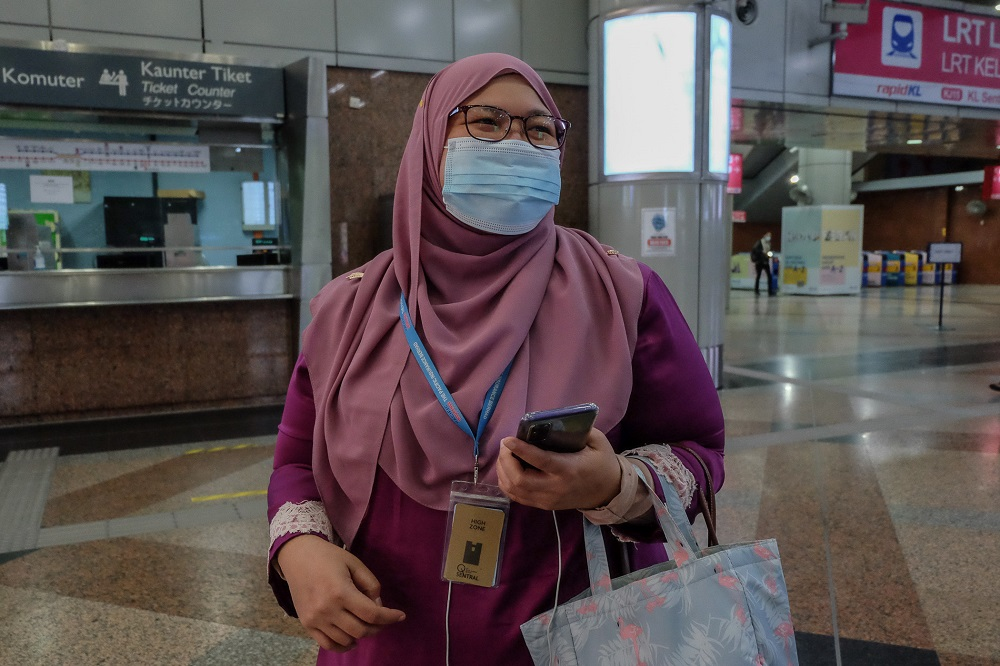 Amalina Osman speaks to Malay Mail during an interview at KL Sentral in Kuala Lumpur January 13, 2021. ― Picture by Yusof Mat Isa