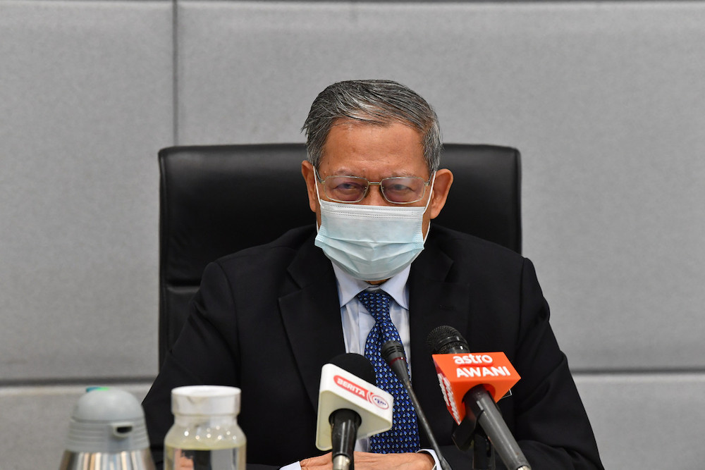 Datuk Seri Mustapa Mohamed said the gap in the implementation of the digital agenda between states will be assessed and monitored through an achievement index to be developed by the Economic Planning Unit (EPU) under the Prime Minister's Department. — Bernama pic