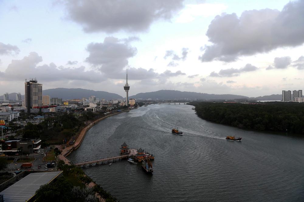 Menara Kuantan 188's launch was officiated by Yang di-Pertuan Agong Al-Sultan Abdullah Ri'ayatuddin Al-Mustafa Billah Shah in Kuantan, February 22, 2021. — Bernama pic