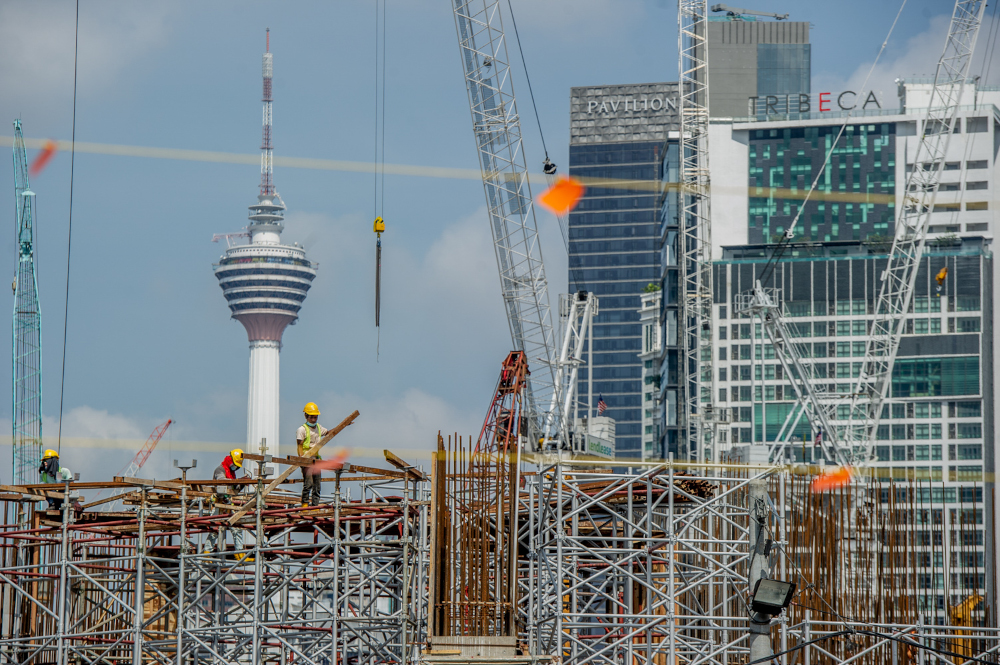 统计局预计我国接下来数个月的经济成长将更加稳健。-Shafwan Zaidon摄-