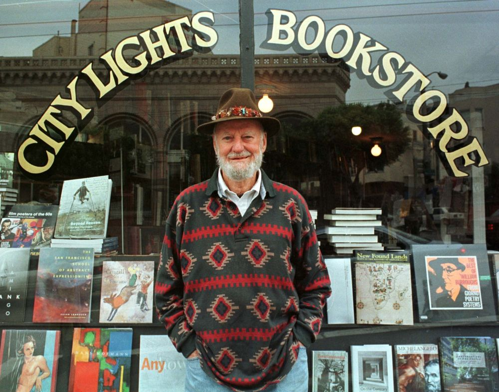 Lawrence Ferlinghetti stands outside his bookstore in San Francisco, California August 18, 1998. — Reuters pic