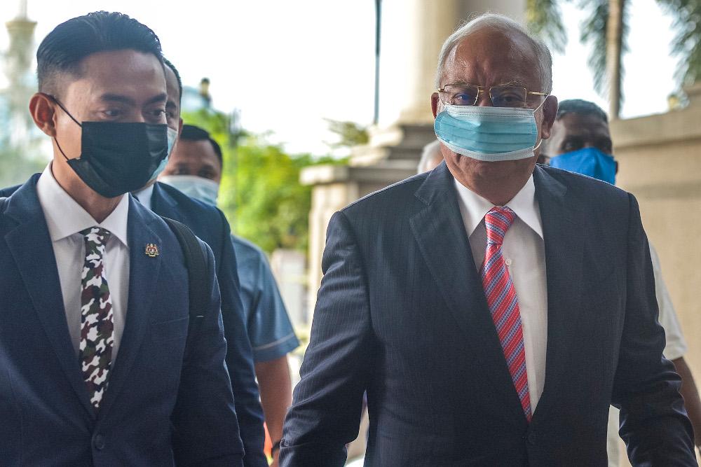 Datuk Seri Najib Razak at the Kuala Lumpur High Court February 11, 2021. — Picture by Miera Zulyana