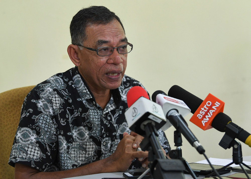 Bersatu supreme council member Datuk Rosol Wahid said Umno should stop intimidating his party or making all manner of demands for its continued support. — Bernama pic