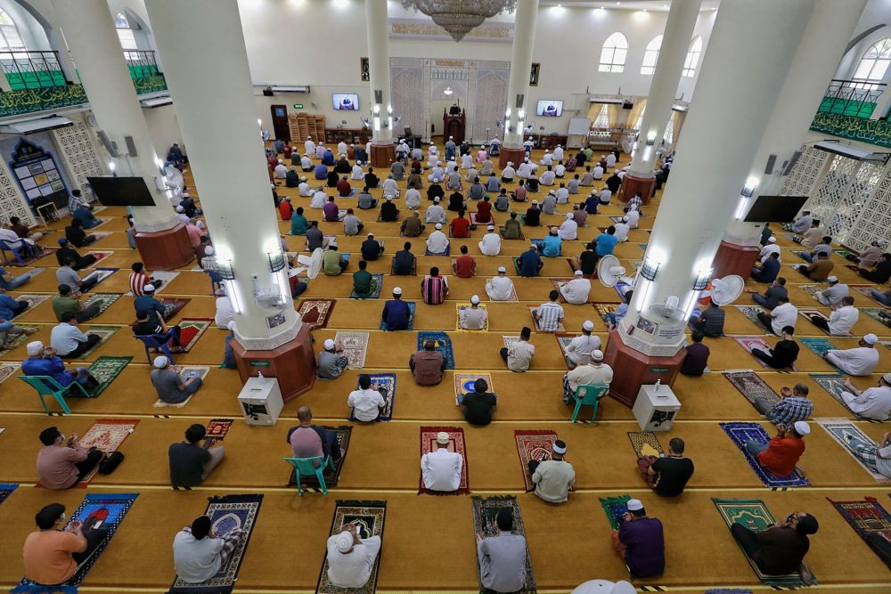 Sultan Ibrahim Sultan Iskandar has consented to allow the five daily obligatory prayers and Friday prayers to be performed statewide.  — Picture by Ahmad Zamzahuri