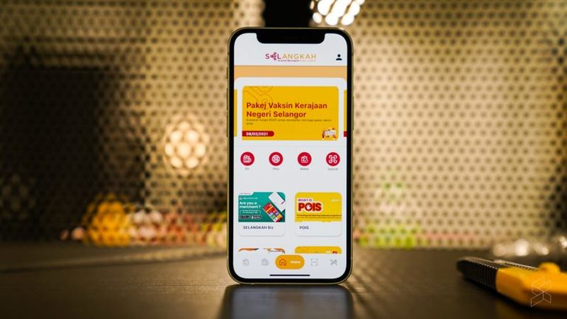 The goal with Selangkah's new app is to be a 'super app' that users can use to help transition towards a more digital society. — SoyaCincau pic