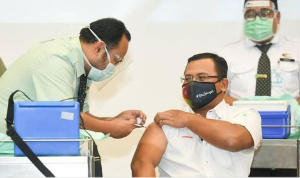 Selangor MB, excos got Covid-19 jabs today, state lawmakers next