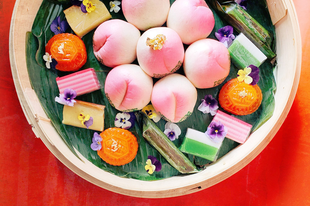 Kuih.Co's latest platter is a Longevity Gift Box named The Shòu (which means 'longevity' in Chinese).