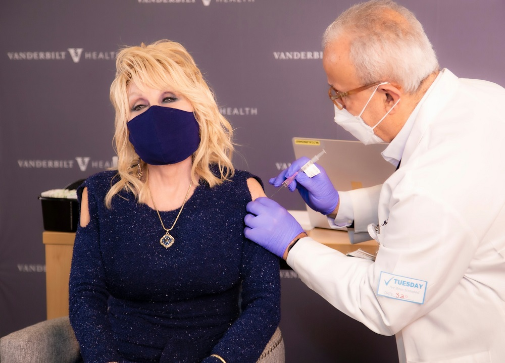 Country singer Dolly Parton inoculated with the Moderna Covid-19 vaccine that she helped to fund. — Picture via Facebook/ Dolly Parton