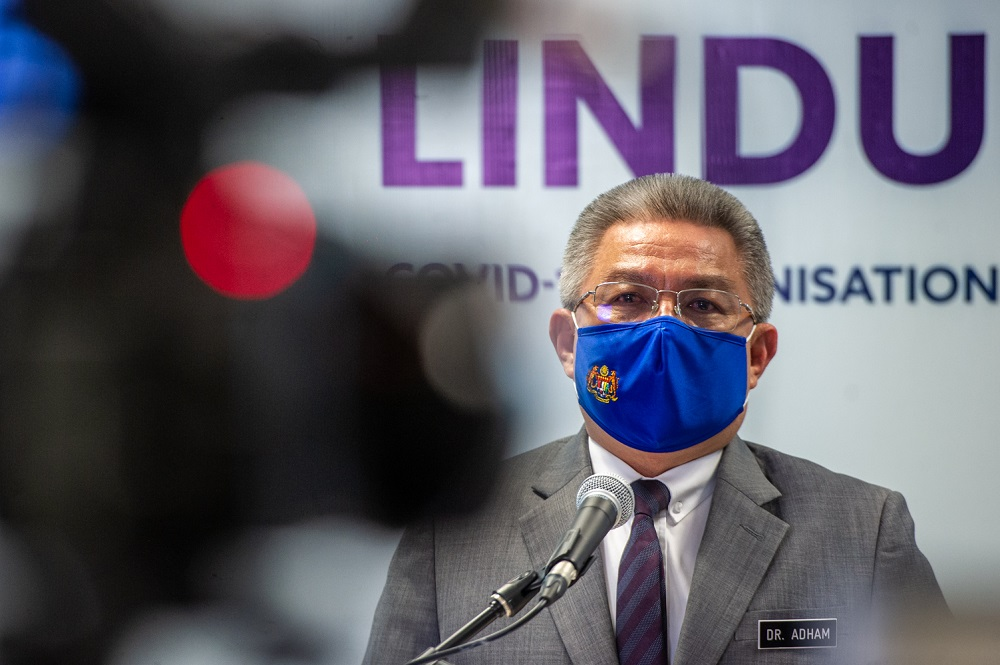 Health Minister Datuk Seri Dr Adham Baba said a total of 425,164 individuals were given the first dose during the same period, bringing the total number of doses administered so far to 1,078,695. — Picture by Shafwan Zaidon