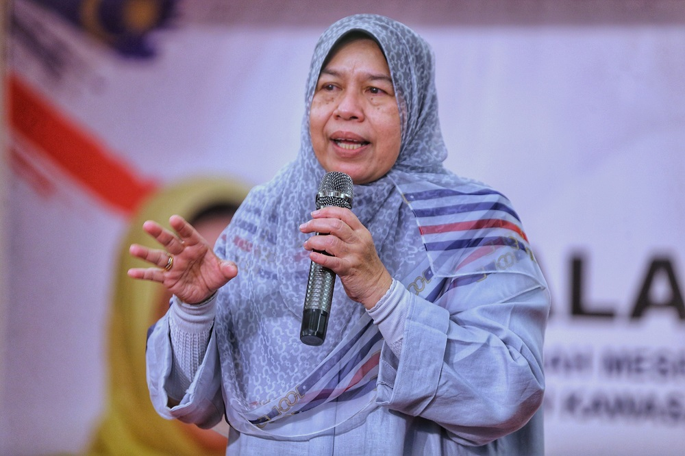 Zuraida claimed on Monday that Bersatu may be contesting under the GPS ticket in the state election to avoid confusion among Sarawakian voters. — Picture by Ahmad Zamzahuri