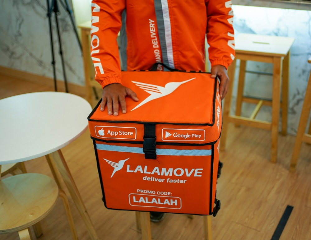 Lalamove operates on a pay-per-use scheme instead of a fixed contract and this is seen as a key advantage in servicing SMEs. — SoyaCincau pic