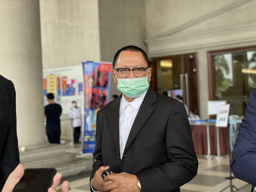 Datuk Mohd Puad Zarkashi is pictured at the Kuala Lumpur High Court March 12, 2021. — Picture by Emmanuel Santa Maria Chin