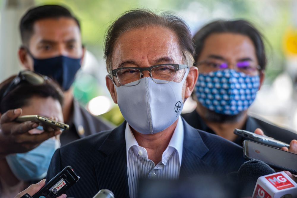 Datuk Seri Anwar Ibrahim said the MPs need to debate a lot of matters, especially the effectiveness of the current Covid-19 prevention and mitigation programmes. — Picture by Shafwan Zaidon