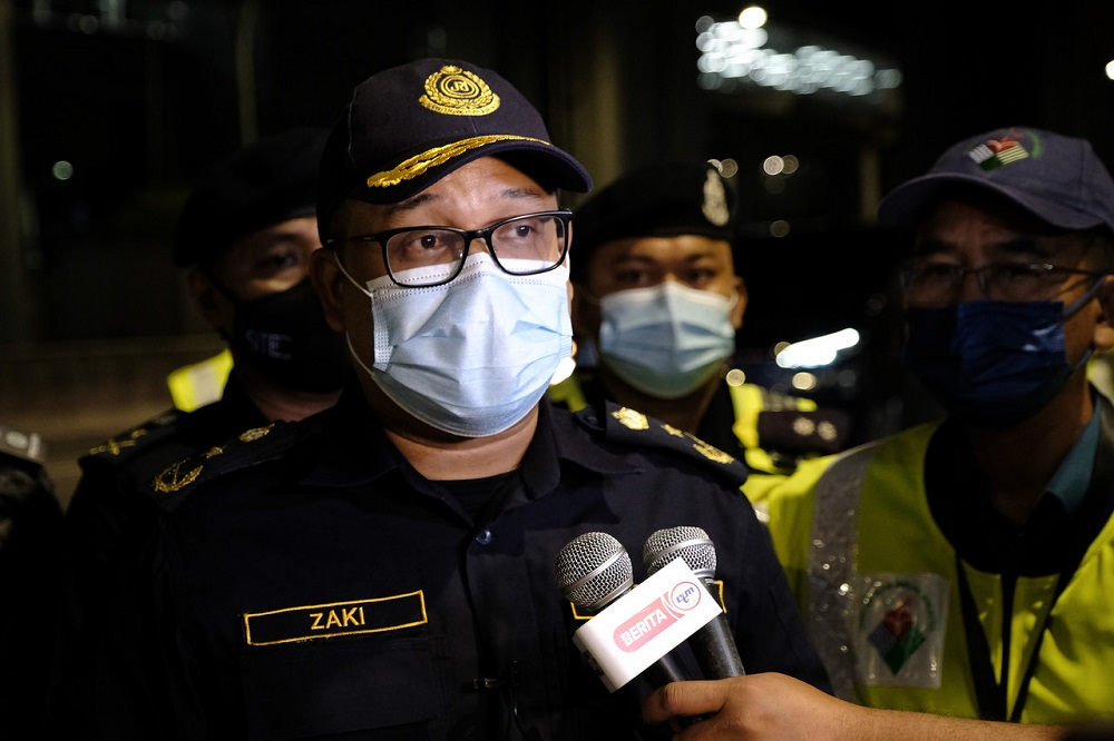 Kuala Lumpur Road Transport Department (JPJ) director Mohd Zaki Ismail said there are reasons for every regulation imposed, especially for the safety of road users. ― Bernama pic