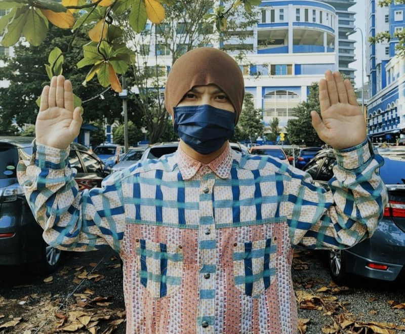 Malaysian rapper Namewee has surrendered himself to Dang Wangi police station over his film 'Babi'. — Picture via Facebook/Namewee