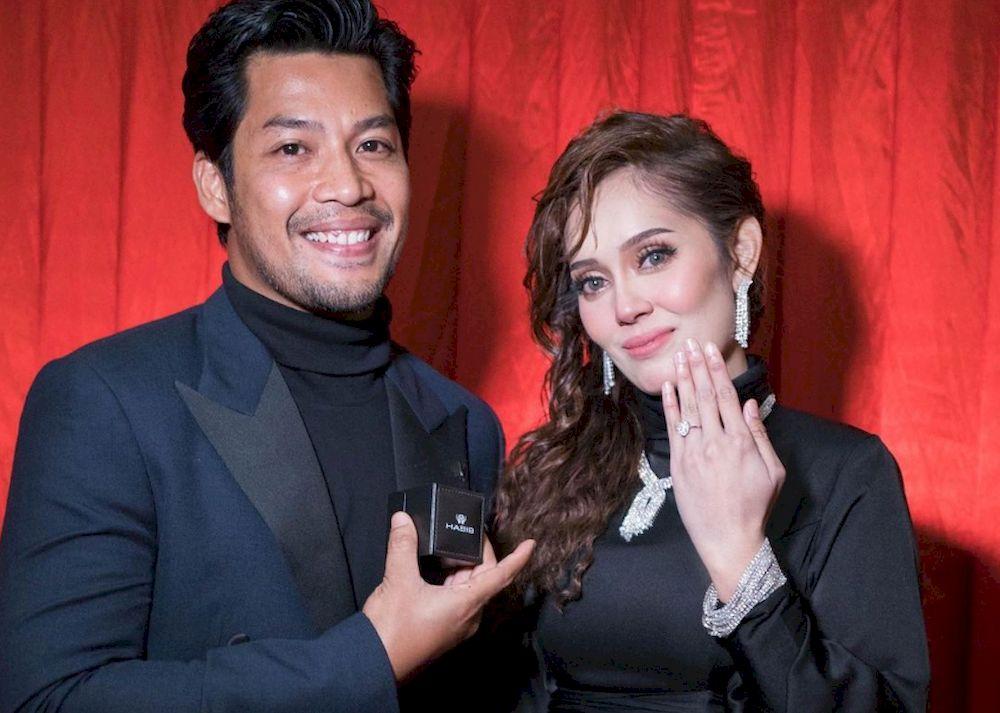 Malaysian celebrity couple Kamal Adli and Uqasha Senrose revealed three wedding receptions including one planned especially for fans. — Photo courtesy of Instagram/ UQASHA SENROSE