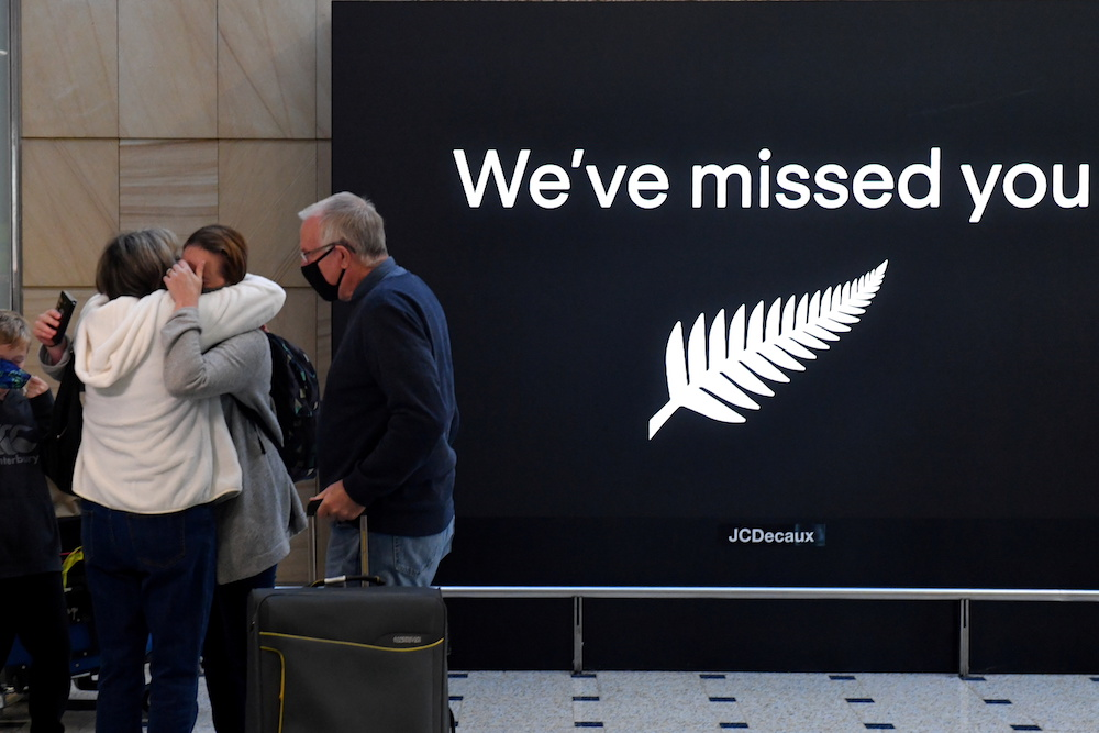 New Zealand pauses travel bubble with Western Australia after virus case