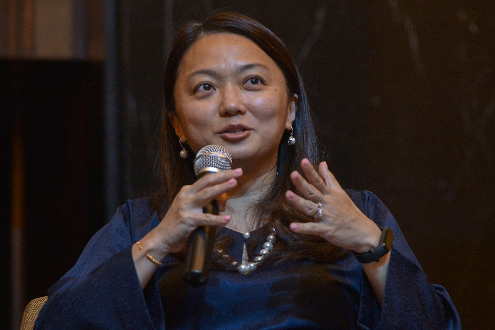 Segambut MP Hannah Yeoh speaks during the launch of the C4 Centre Report in Petaling Jaya April 12, 2021. — Picture by Miera Zulyana