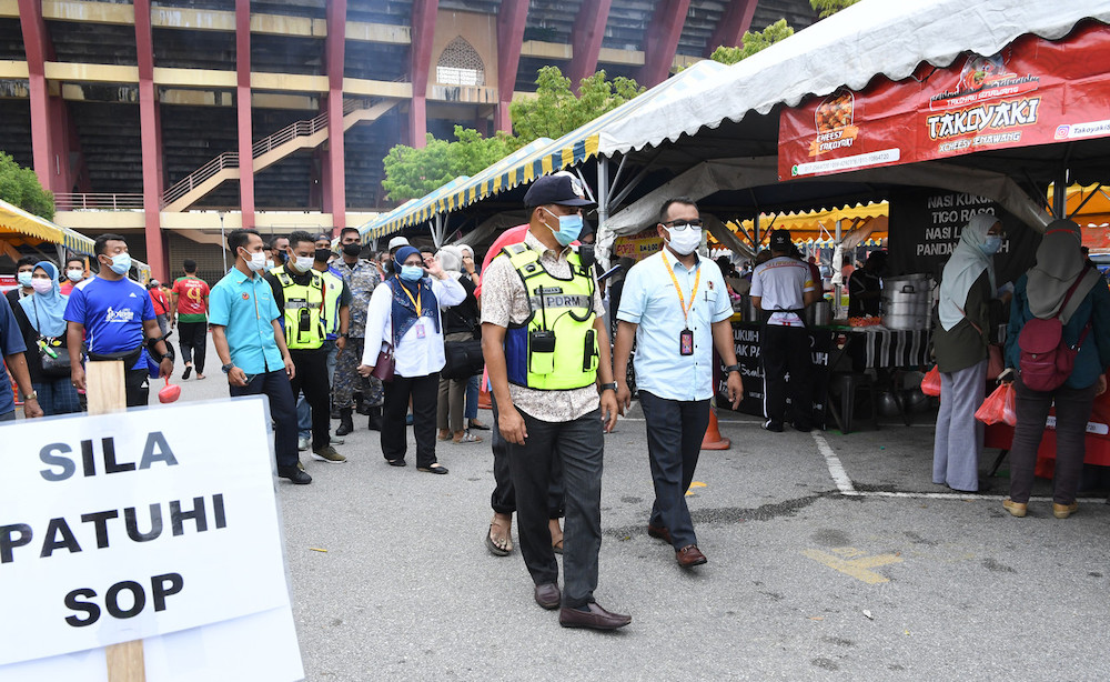 Negeri Sembilan Menteri Besar Datuk Seri Aminuddin Harun has urged members of the public not to flout Covid-19 SOPs.. — Bernama pic