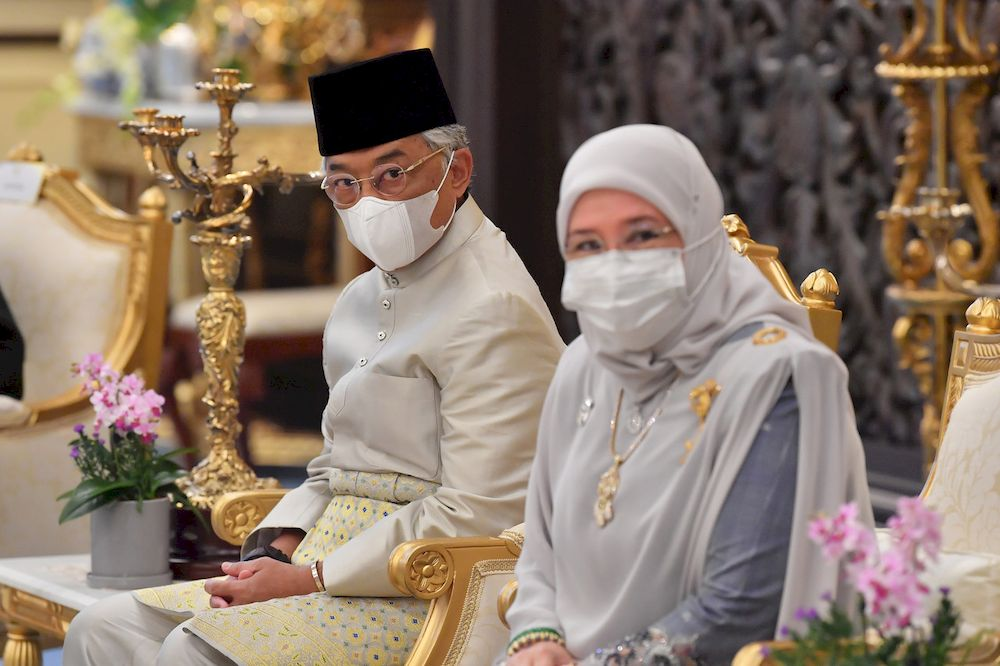 Their Majesties also expressed their sadness over Dr Md Yusnan Yusof's passing and hoped his family would remain patient and strong in facing this moment of grief. — Bernama pic