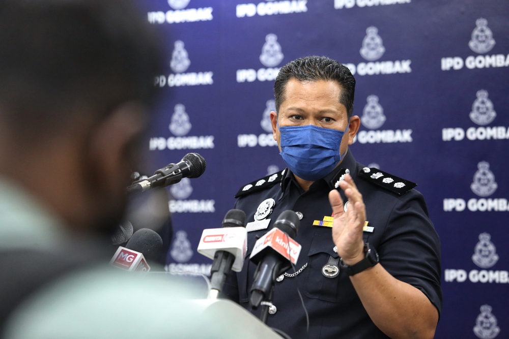 Gombak district police chief ACP Arifai Tarawe during a press conference on A. Ganapathy's case, April 30, 2021. — Picture by Choo Choy May