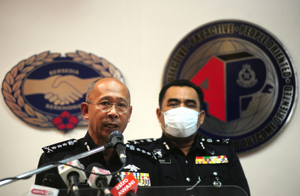 Selangor police chief Datuk Arjunaidi Mohamed speaks at a press conference at the state Police Contingent Headquarters in Shah Alam, April 9, 2021. — Bernama pic