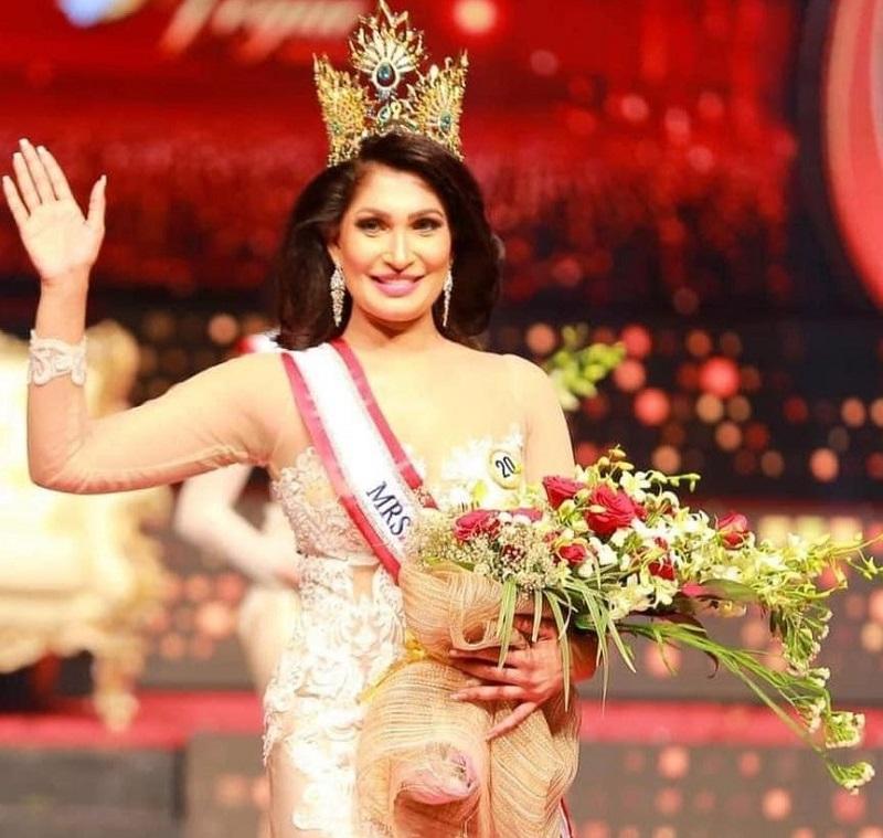 De Silva will be recrowned as Mrs Sri Lanka 2021. ― Picture via Facebook/PuspikaDeSilva