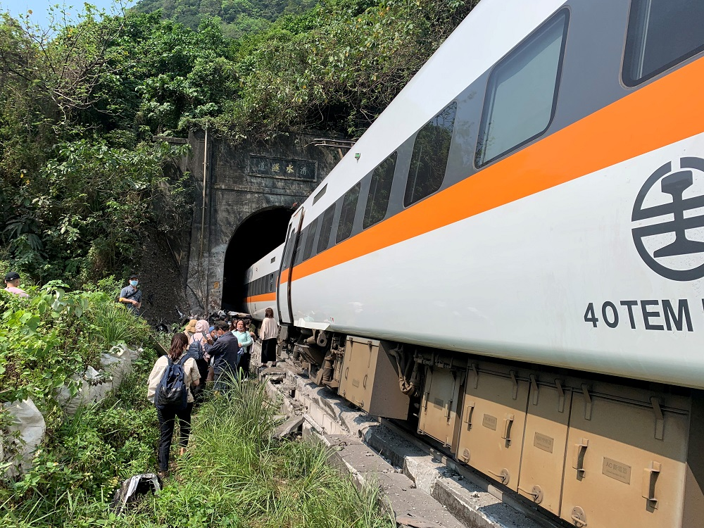 Train derails in Taiwan, with at least 36 dead and many injured