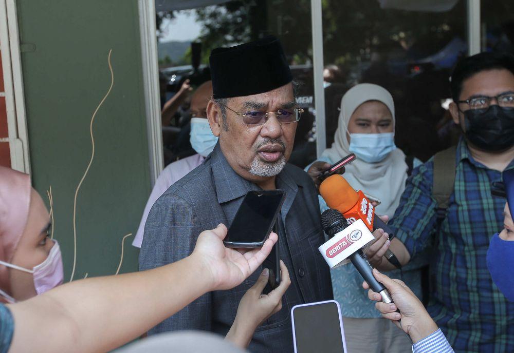 Datuk Seri Tajuddin Abdul Rahman speaks to the members of the press after attending the launch of Taj International College's TT Hall in Ipoh April 14, 2021. — Picture by Farhan Najib