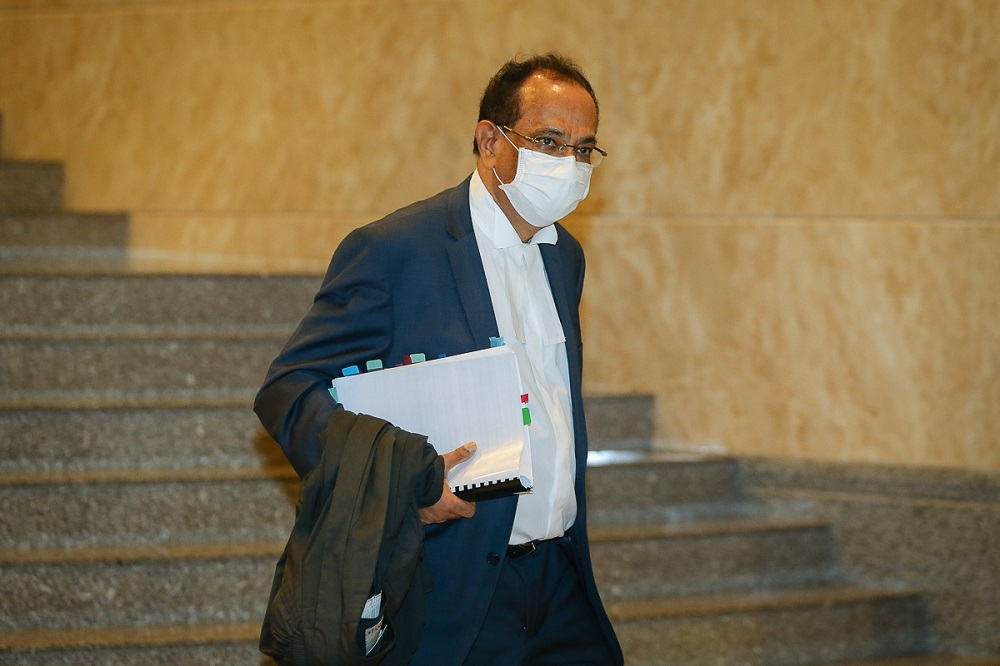 Lead prosecutor Datuk V. Sithambaram is pictured at the Court of Appeal in Putrajaya April 20, 2021. ― Picture by Yusof Mat Isa