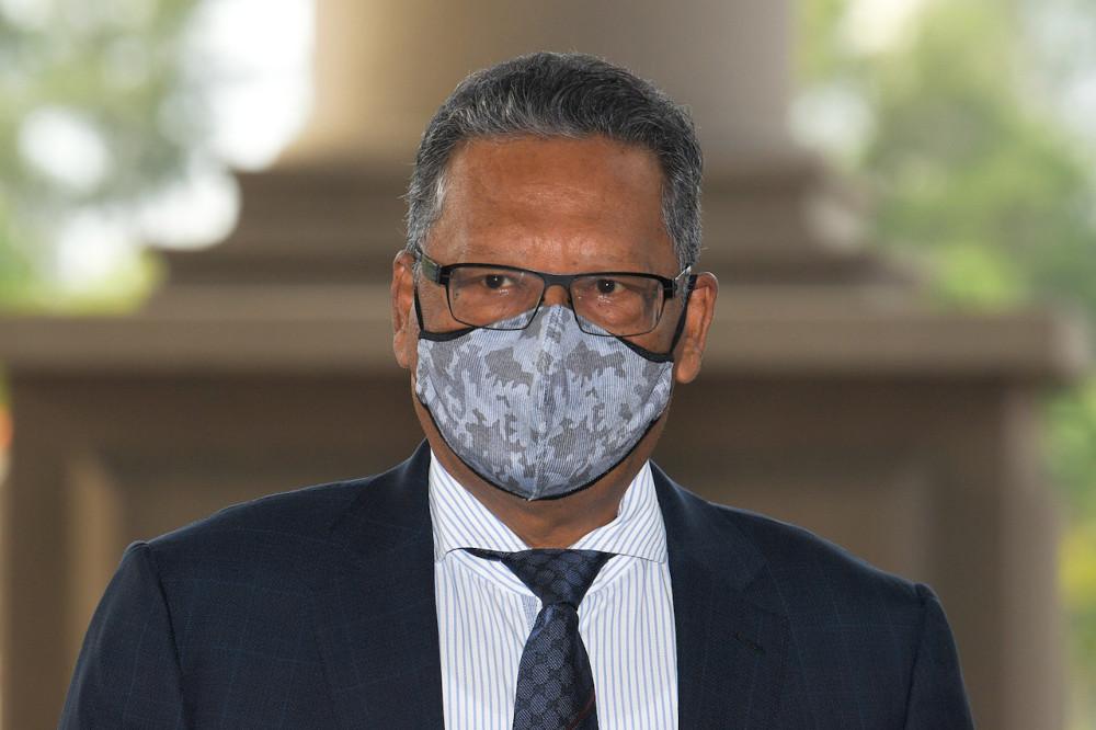 Tan Sri Mohamed Apandi Ali at the Kuala Lumpur High Court, April 6, 2021. — Bernama pic