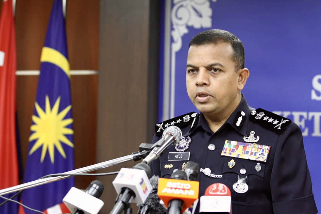 Johor police chief Datuk Ayob Khan Mydin Pitchay said this was a large increase of applications compared to the recent period from April 28 to May 4. — Picture by Ben Tan