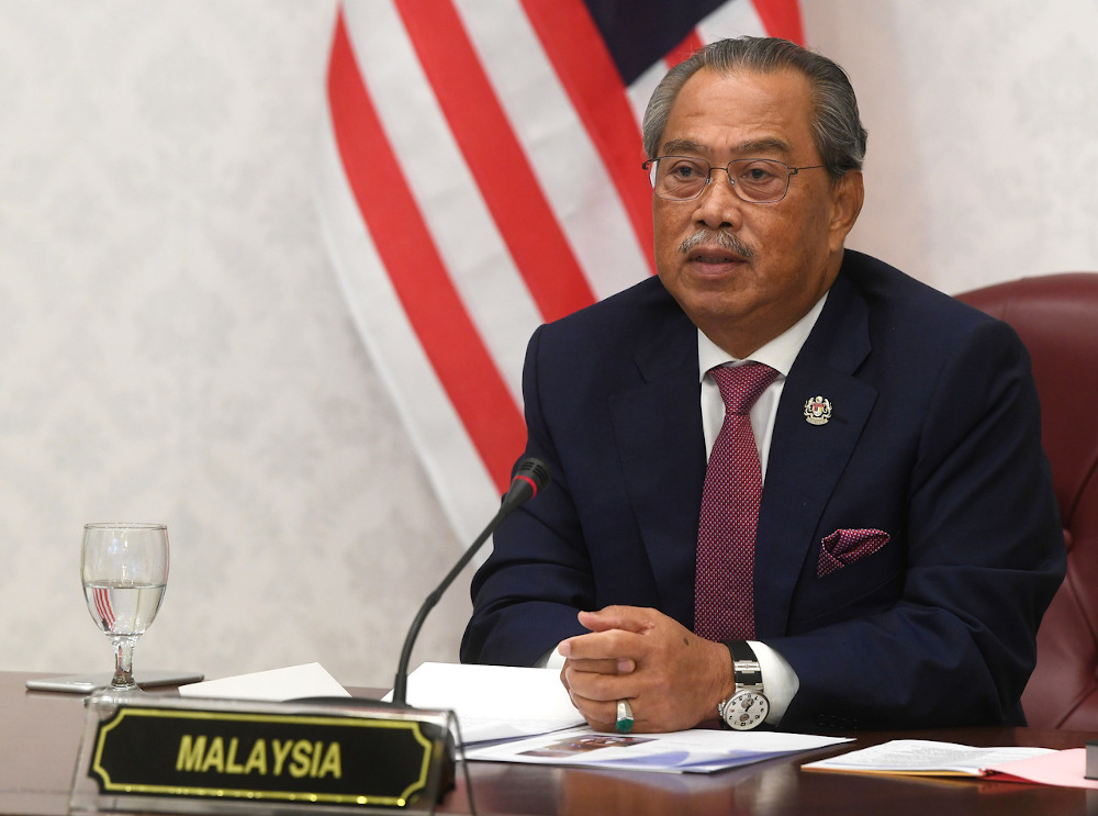 Prime Minister Tan Sri Muhyiddin Yassin's popularity appears to have weathered the Covid-19 pandemic. — Bernama pic