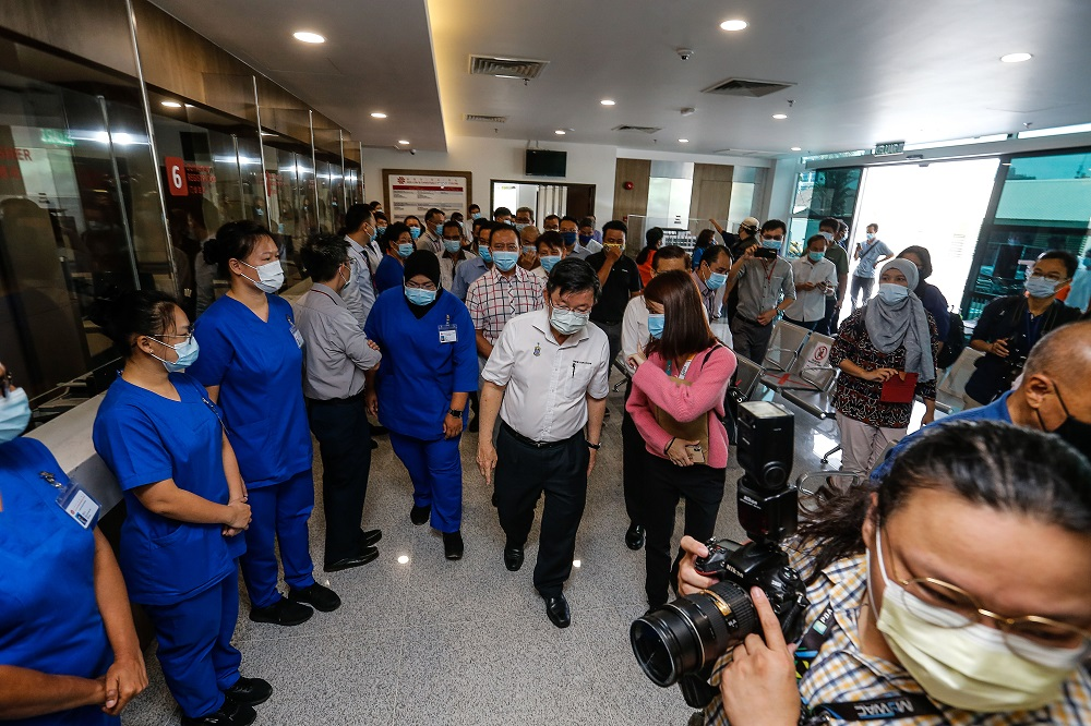Penang Chief Minister Chow Kon Yeow paid a visit to the Kek Lok Si Charitable Hospital in Air Itam April 23, 2021.