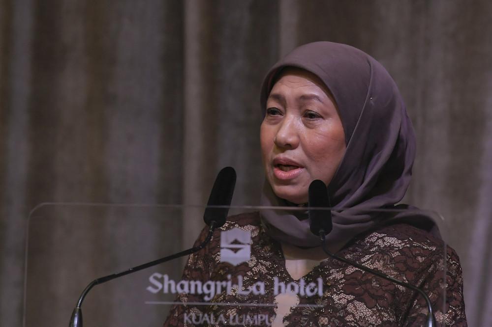 Tourism, Arts and Culture Minister Datuk Seri Nancy Shukri speaks at the launch of Tourism Malaysia's digital brochures in Kuala Lumpur, April 20, 2021. — Bernama pic
