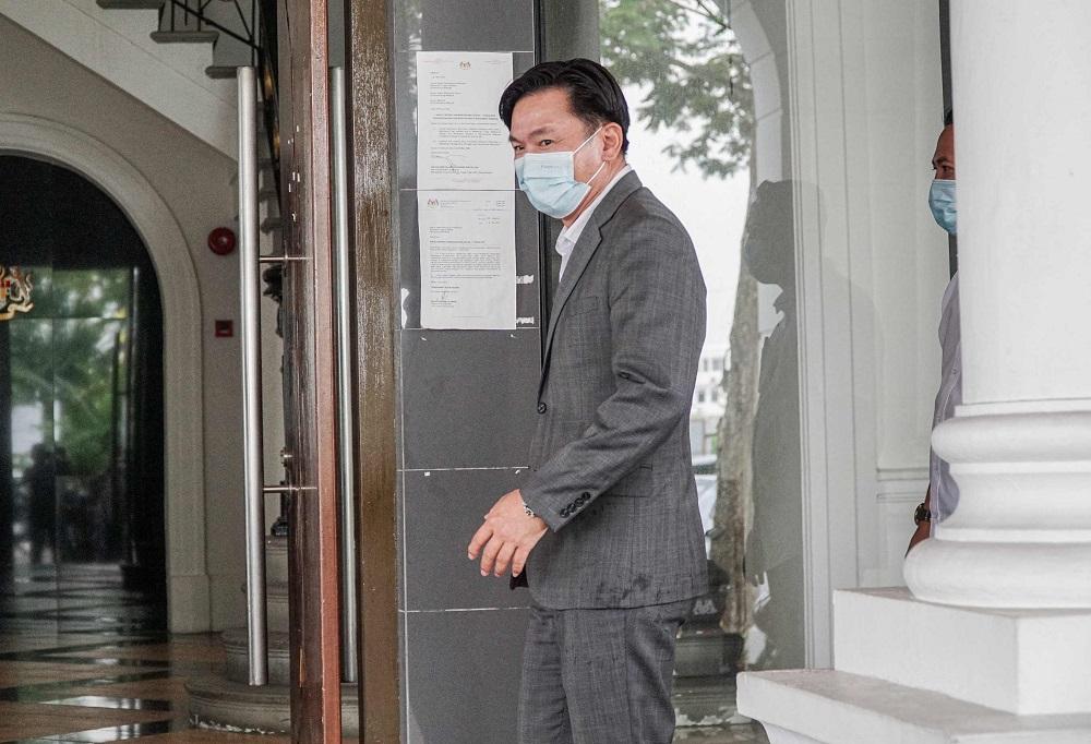 杨祖强被控于2019年7月7日在住家强奸印尼女佣,唯他不认罪。-Farhan Najib摄-