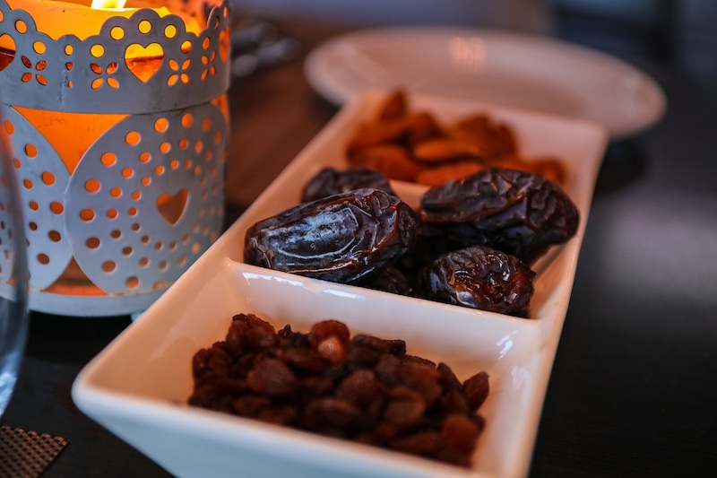 Listeners are introduced to the many varieties of dates in the iconic ad. — Picture from Pexels