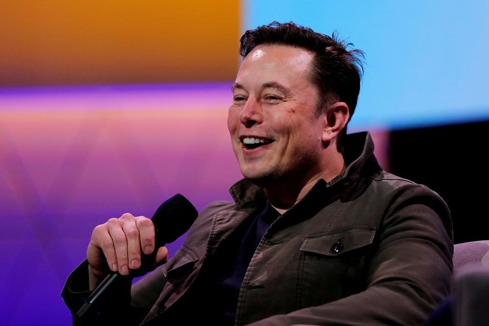 Billionaire entrepreneur Elon Musk's brain-chip startup, Neuralink, has raised US$205 million in a funding round. — Reuters pic