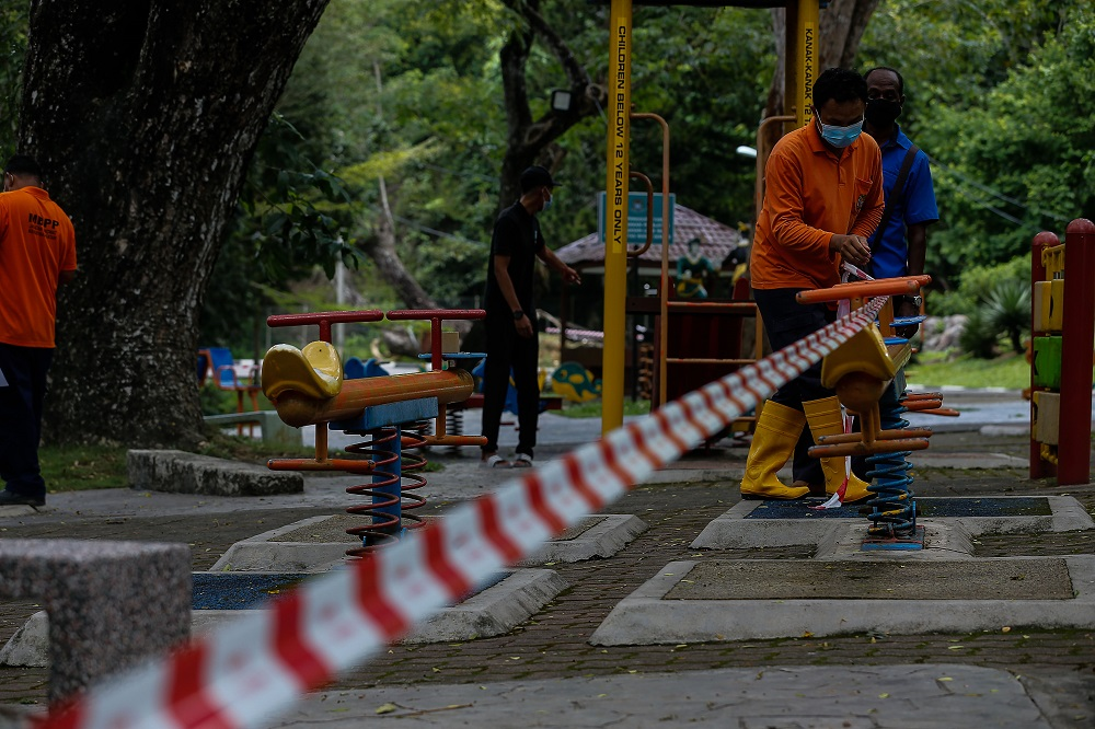 State executive councillor Soon Lip Chee said the parks will be open from 7am to 7pm daily with respective maximum capacity for individual recreational activities with at least two to three metres of physical distance between them. — Picture by Sayuti Zainudin