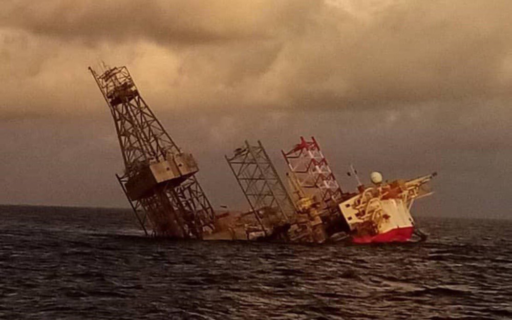 The incident took place at about 2.45pm when the rig was being positioned at Salam-3, about 260km offshore Miri and their Emergency Response Team had been mobilised soon after all the personnel were ordered to evacuate. — Picture from Twitter/bernamadotcom