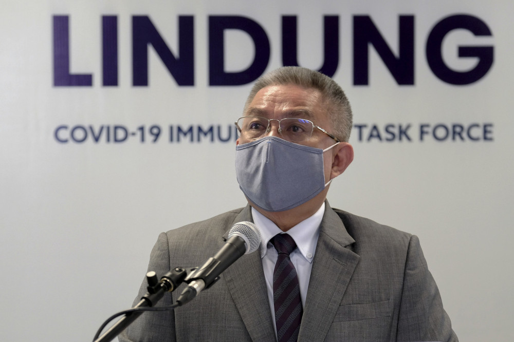 Health Minister Datuk Seri Dr Adham Baba said he was confident with PLS' capability of producing 500,000 doses per week, and that it is expected to begin supplying the Covid-19 Sinovac vaccine to state governments and the private sector in June and July. — Bernama pic