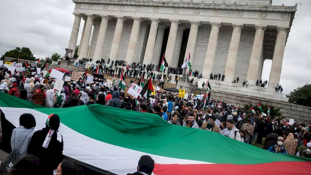 Pro-Palestinian demonstrators gather on the steps of the Lincoln Memorial in Washington on May 29, 2021. — AFP pic