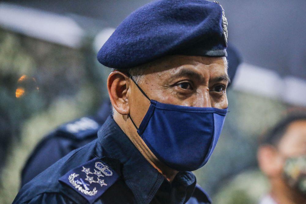 阿克里沙尼说,警方将升级跨州申请系统,杜绝浑水摸鱼的行为。-Hari Anggara摄-
