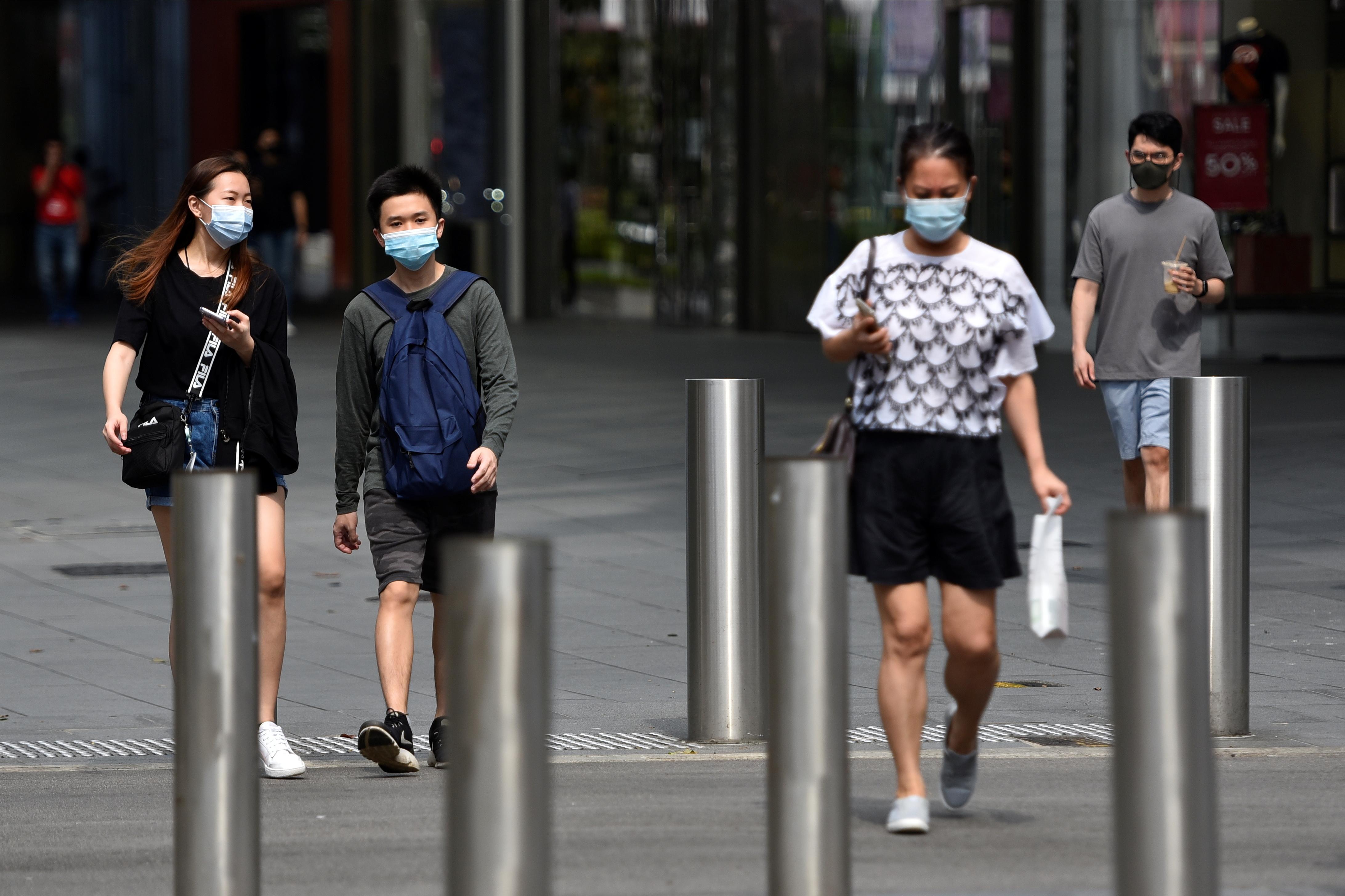 自从去年1月以来,新加坡至今已通报6万2223人确诊2019新型冠状病毒疾病。-路透社-